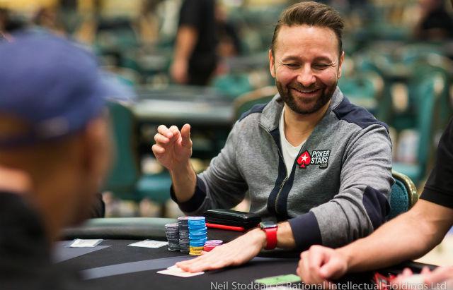 Membangun Prinsip Menjadi Pemain Poker Tidak Terkalahkan